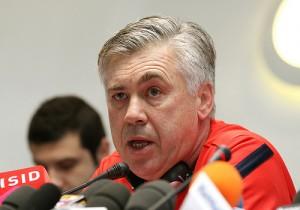 Bayern-ledelsen viste ingen nåde med Carlo Ancelotti når resultatene uteble. (CC BY 2.0)byDoha Stadium Plus